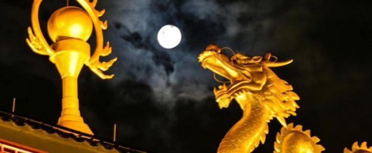 الصين تستبدل أعمدة الإنارة في شوارعها بقمر صناعي