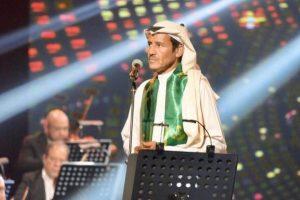 الفنان خالد عبدالرحمن يوجه لجمهوره رسالة صوتية مؤثرة بعد إصابته بمرض الحزام الناري