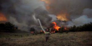 حريق في كاليفورنيا هو الأسوأ من نوعه.. قتلى وجرحى ومفقودين