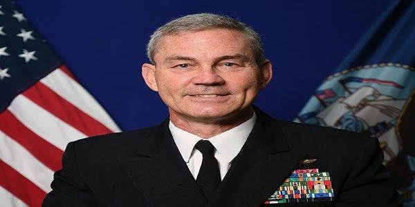 العثور على أحد القادة الأمريكيين جثة هامدة في البحرين